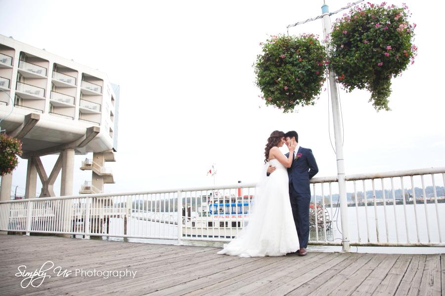 EmJJ_Wedding_SimplyUS37